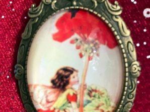 Kukkaiskeiju-rintakoru