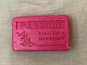 Marseille-saippua, passionhedelmä