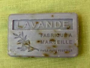 Marseille-saippua, laventeli