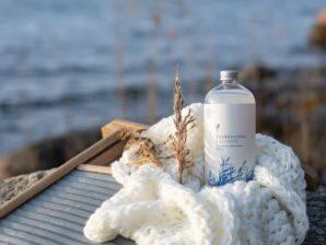 Pyykkietikka Laventeli 500ml - Raikkaan tuulahduksen tekstiileille antava 100% käsintehty pyykkietikka - Saaren Taika